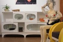 Vue de l'exposition collective, «Chez soi, demain maintenant». L'Artothèque de Vitré, Vitré. 2019. Photo David Michael Clarke. © ADAGP, Paris 2019 / David Michael Clarke & les artistes.