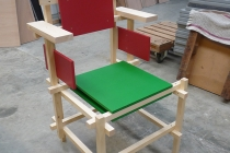 La construction du fauteuil «Rietveld Montauban» en 2014. Avec Jean-Luc Rault. Ateliers d'Itinéraires Bis, Saint-Brieuc.