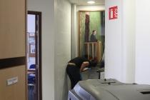 Installation de l'exposition, Placard-Placard. Dans le cadre d'une résidence artistique organisé par le Frac Normandie Caen au Collège Sainte Thérèse à Saint-Pierre-en-Auge. 2017.