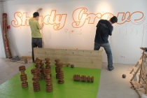 David Michael Clarke. Jeu de quilles. Shady Grove project de Neal Beggs. Galerie Paradise, Nantes. © David Michael Clarke ADAGP.